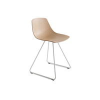 Miunn chair with sled base